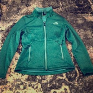 North Face Green Pullover Sweater Shirt Size S